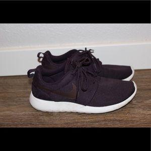 ✔️ Nike Roshe ✔️
